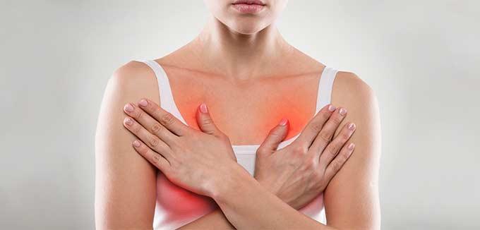 Болит грудь у женщины